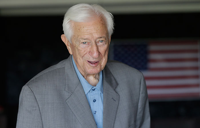 Ralph Hall, oldest congressman, loses to Texas tea party challenger