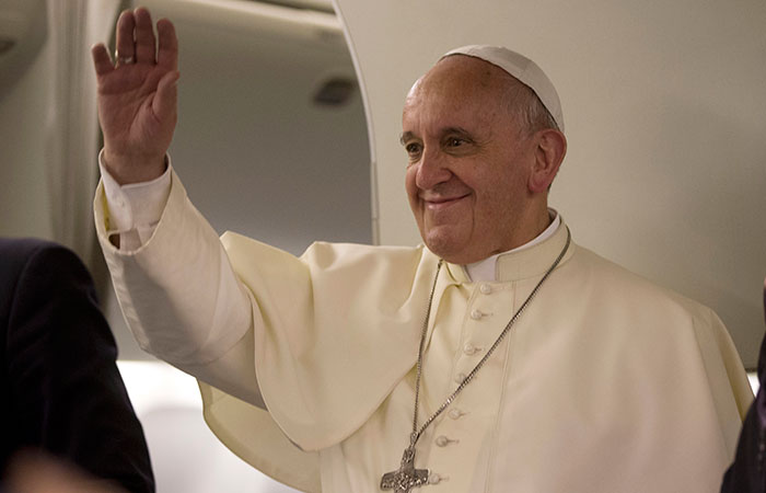 Pope Francis' plan to meet with sex abuse victims draws mixed response