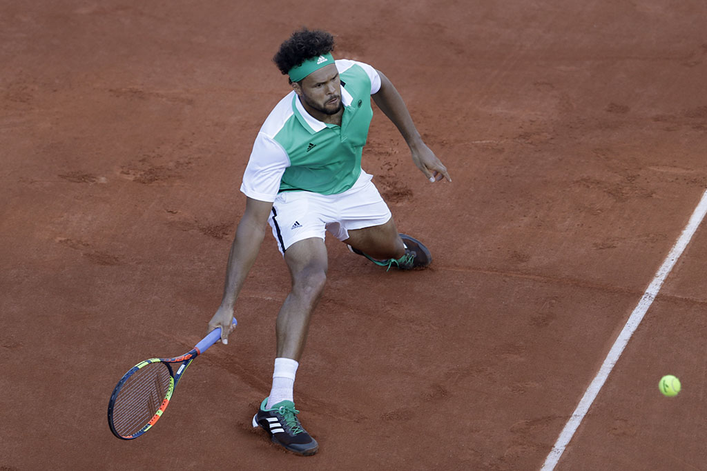 French Open: Murray advances, Tsonga on brink of exit (Photo Gallery)