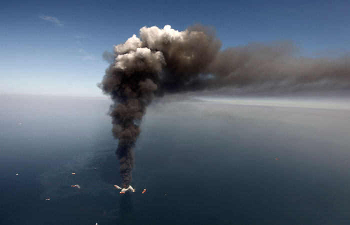 BP must continue paying claims during settlement review