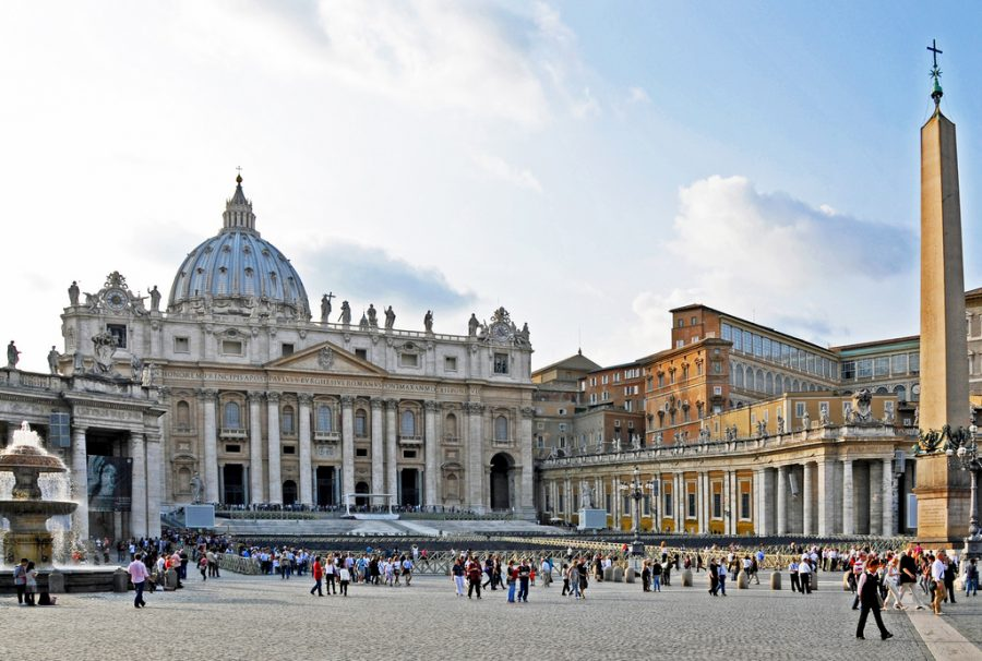 St. Peter's Square, Vatican City. (Flickr / Dennis Jarvis)