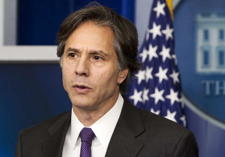 FILE - In this July 28, 2014, Deputy National Security Adviser Tony Blinken speaks at the White House in Washington.  Blinken reported Wednesday that more than 10,000 Islamic State fighters have been killed by American-led airstrikes in Iraq and Syria in nine months. (AP Photo/Jacquelyn Martin, File)