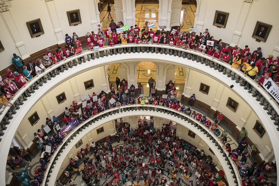 Protesters+inside+Texas+Capitol