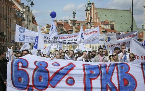 Polish doctors march for health care funding