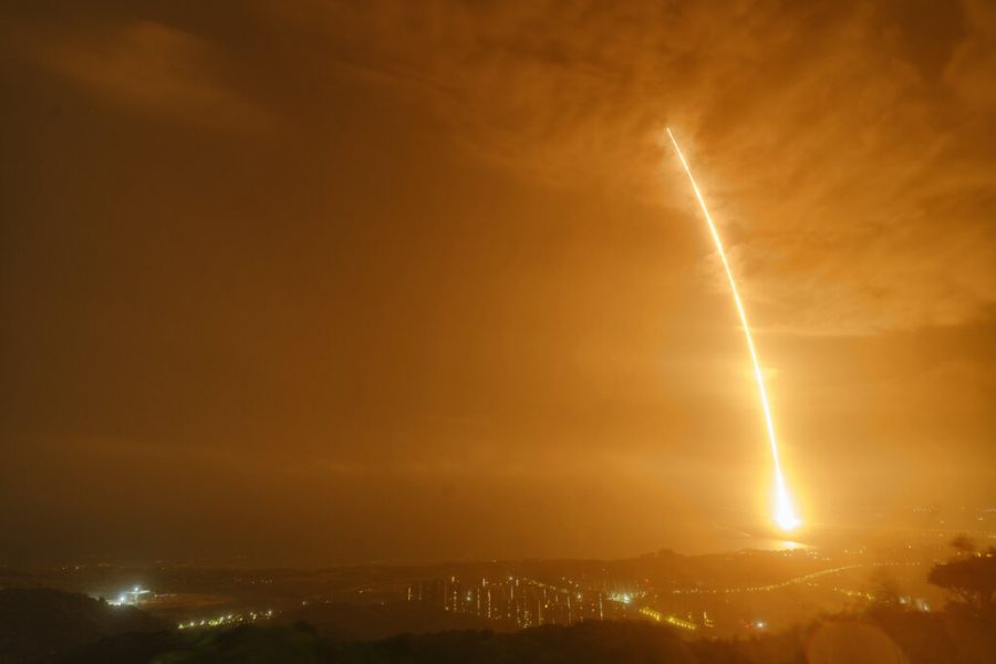 China launches a rocket carrying supplies for their new space station.